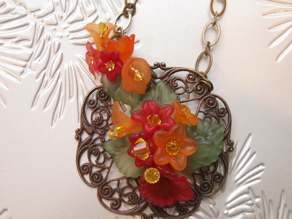 Lucite Flower Fillagree Necklace